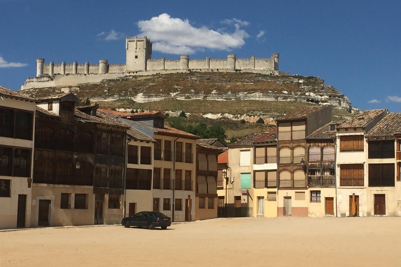 Ribera de Duero - Penafiel castle and coso