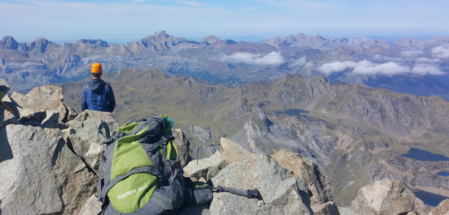 Spanish Pyrenees hiking